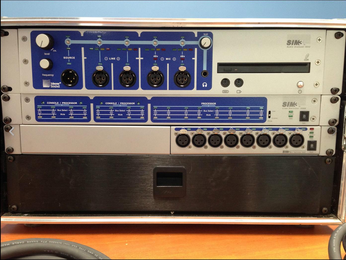 Solotech Meyer Sound SIM 3 rig 3